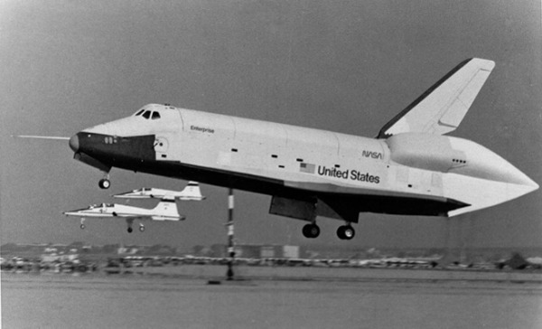 first space shuttle prototype - photo #3