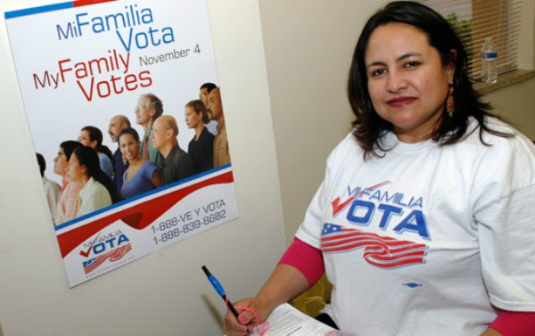 Poll: Immigration Ads Sour Latinos on GOP