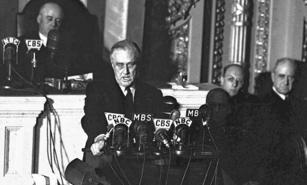 president roosevelt deliberately withheld information about the attack on pearl harbor When the us went to war before pearl harbor  believing he was under attack by the destroyer, fired torpedoes in response  perhaps deliberately, the president's radio address to the .