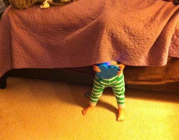 25 Truly Terrible Hide And Seek Attempts Made By Children