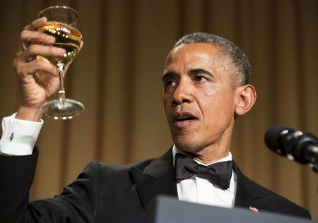 """Obama Addresses White House Correspondents' Dinner: """"I Have Something That Rhymes With A Bucket List"""""""